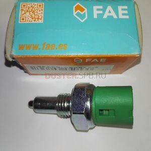 Датчик заднего хода (2 вывода, овальный разъём) FAE (Испания), аналог 7700422630, для Рено Дастер