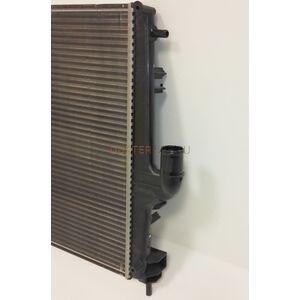 Радиатор охлаждения 1,6; 2,0 с кондиционером АКПП #1