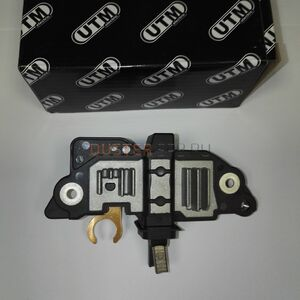Регулятор напряжения (генератор BOSCH) UTM elektric (Тайвань), аналог 6001548087, для Рено Дастер