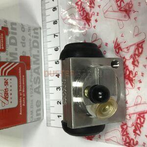 Цилиндр тормозной задний правый 4x4 #1
