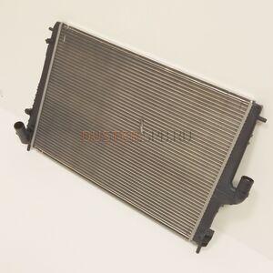 Радиатор охлаждения 1,6; 2,0 с кондиционером АКПП Valeo (Россия), аналог 214100598R, для Рено Дастер