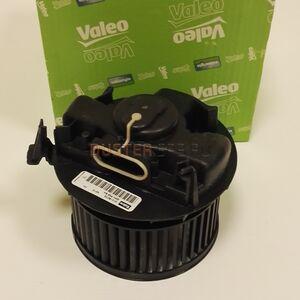 Мотор отопителя для а/м без кондиционера Valeo (Франция), аналог 6001547691, для Рено Дастер