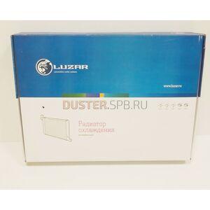 Радиатор охлаждения 1,6; 2,0 с кондиционером Лузар (Россия), аналог 8200735039, для Рено Дастер
